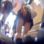 ミニスカ制服JKの食い込みパンツをストーキング逆さ撮り盗撮!